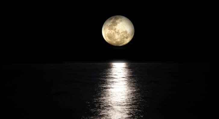 Fullmåne Gongbad på Lotussenteret i Stavern/ Larvik: 8.mars, 10.mai og 7.juni 2020 kl 17:00 – 18:30